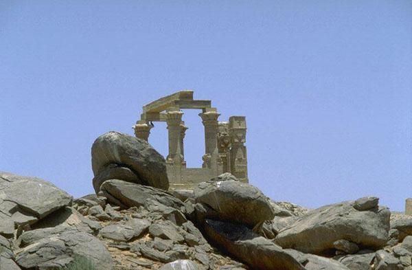 http://monami-travel.com/images/stories/gallery/aswan/aswan2.jpg