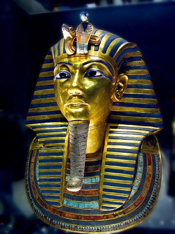 http://monami-travel.com/images/stories/gallery/cairo/museum king tut.jpg