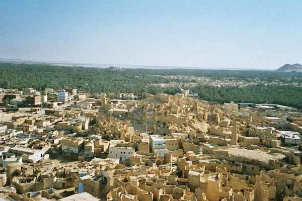 http://monami-travel.com/images/stories/gallery/oasis/siwa01.jpg
